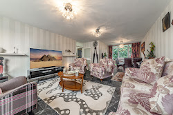 High Mount Apartment In Hendon
