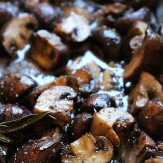 Oven Roasted Rosemary & Garlic Mushrooms.