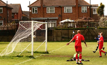Photo: 21/04/12 v Bexlians (Kent County League Div 2 West) 6-1 - contributed by Paul Roth