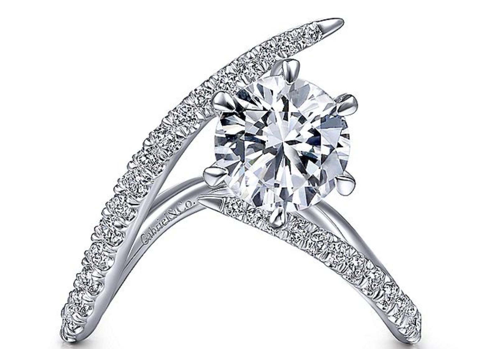 gold free form diamond ring