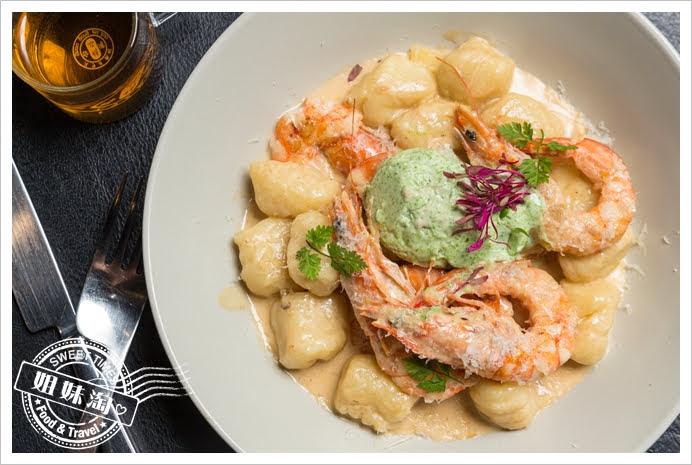 波特廚房奶油鮮蝦洋芋麵疙瘩與菠菜慕斯