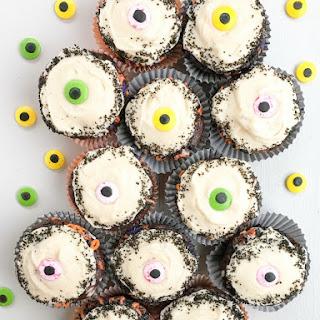 Chocolate Eyeball Halloween Cupcakes.