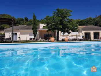 villa à Saint-Martin-le-Vieil (11)