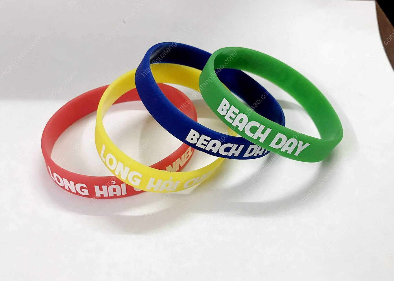 Vòng tay cao su Long Hải Beach Resort