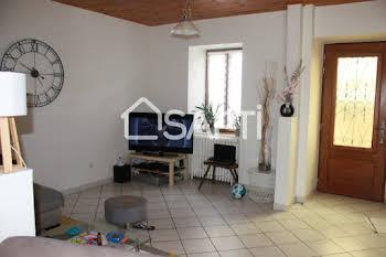 Maison 10 pièces 152 m2