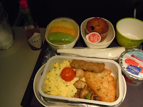 Photo: Breakfast on Cathay Pacific