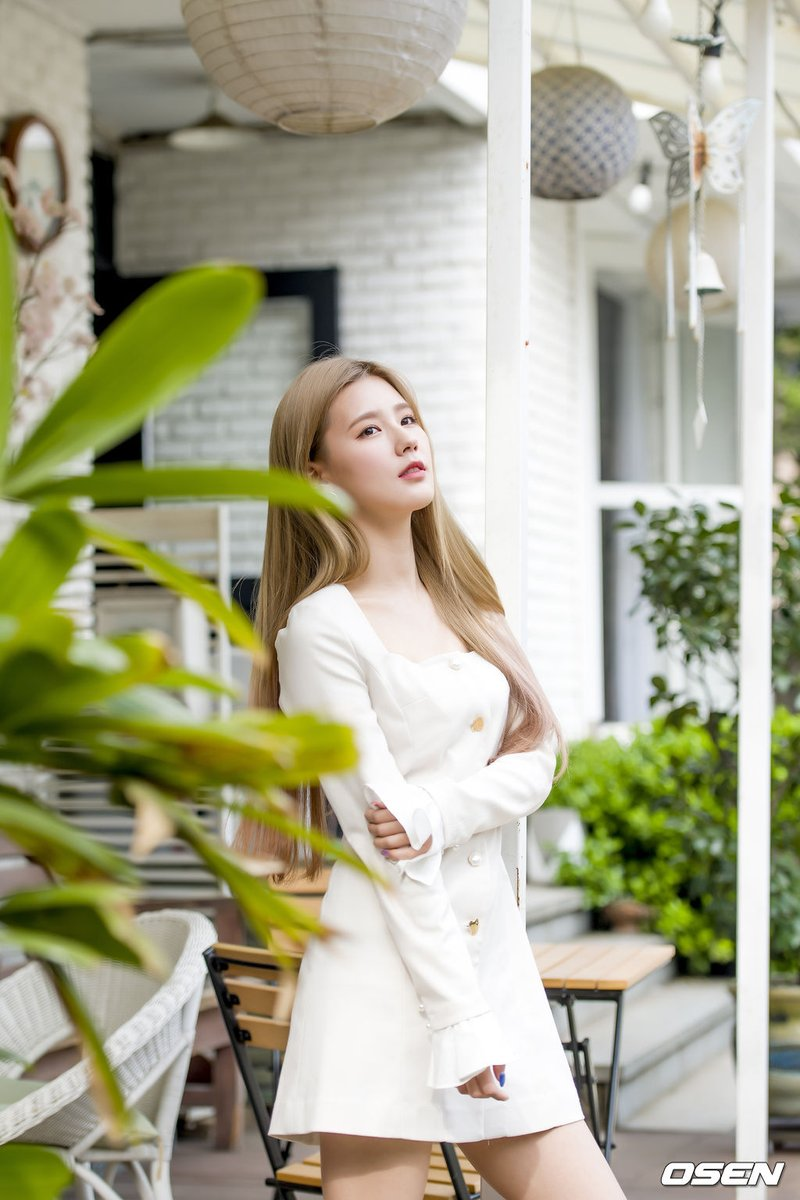miyeon white 33