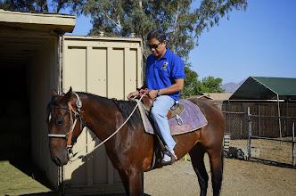 Photo: Lâm thanh Hùng tập cởi ngựa