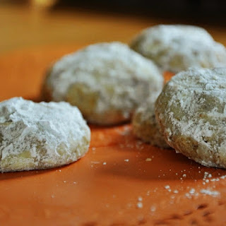 Mexican Wedding Cookies {Gluten-Free, Vegan}