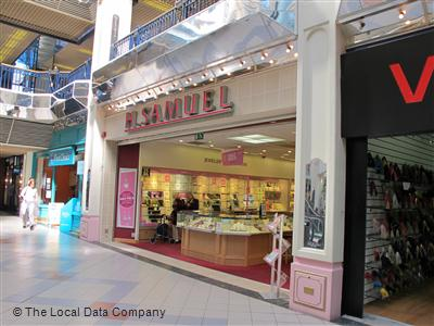 H.Samuel on Leigh Arcade - Jewellers in