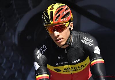 ? Hilarisch! Belgisch kampioen Oliver Naesen op meesterlijke wijze geïmiteerd