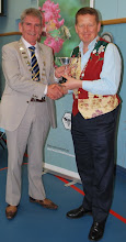 Photo: David McIntyre receiving his trophy