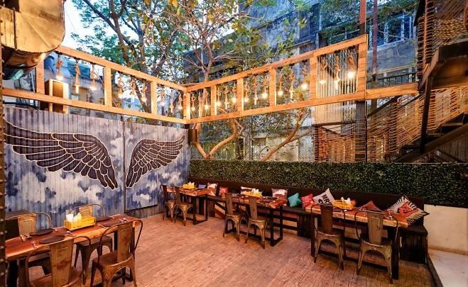 bars_pubs_delhi_mob_image