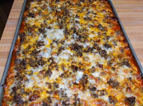 Bacon Cheeseburger Sheet Pan Pizza Recipe