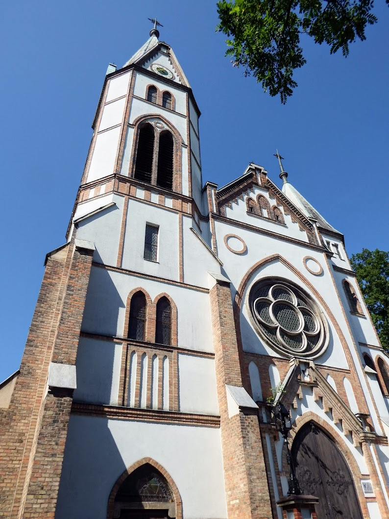 Tatabánya - Óvárosi Szent István király rk. templom