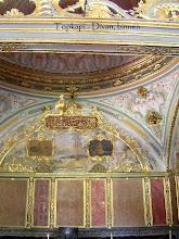 Photo: Topkapi Palace, Divan (imperial Council, inside ***** Raadzaal van de vizieren, binnen)