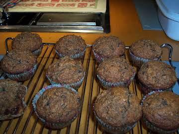 Healthy Zucchini, Feta & Yogurt Muffins