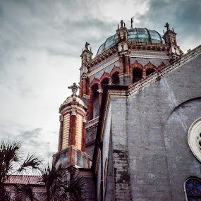 Memorial Presbyterian Church in St. Augustine, Florida. by Jen Hamrick - Buildings & Architecture Places of Worship