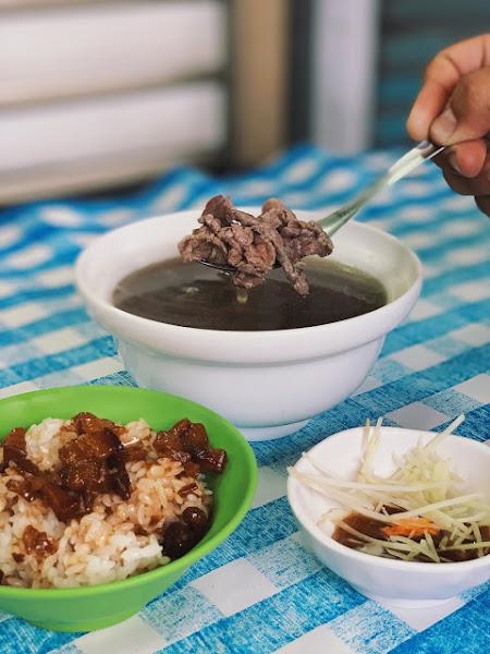 西羅殿牛肉湯|甘甜鮮美的牛肉湯頭