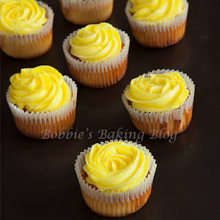 Rose-Vanilla Cupcakes.