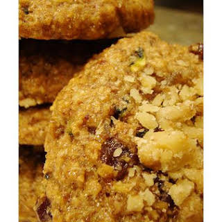 Oatmeal and Dried Cranberry Cookies.