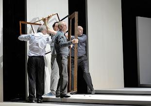 Photo: Wien/ Theater in der Josefstadt: KAFKA - EIN PROJEKT VON ELMAR GOERDEN. Premiere 25.4.2015. Regie: Elmar Goerden. Alexander Absenger, Toni Slama, Andre Pohl, PeterKremer. Foto: Barbara Zeininger