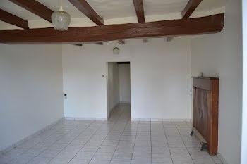 maison à Chambroutet (79)