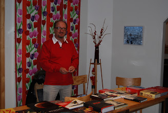 Photo: SM6MLI hade som vanligt utförsäljning på böcker och prylar