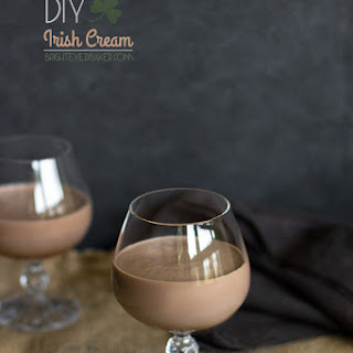 DIY Irish Cream {Homemade Bailey's}