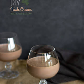 DIY Irish Cream {Homemade Bailey's}.