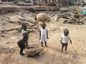 Photo: Begnimato - bawiące się dzieci