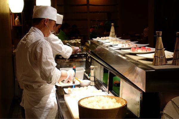 君悅飯店 Irodori 彩日本料理 新鮮生魚片海鮮吃得好開心 還有東京君悅主廚來客座啦!