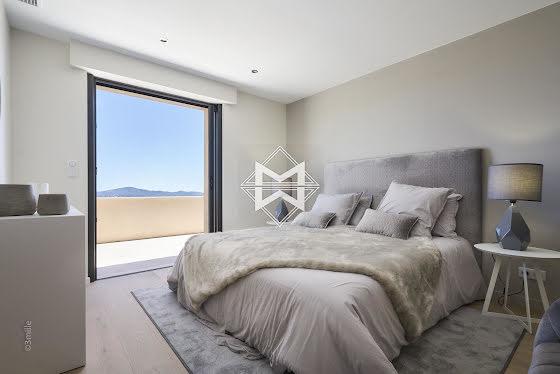 Vente villa 7 pièces 355 m2