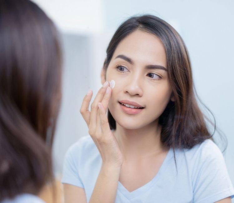 Ampuh Banget! 5 Cara Mencerahkan Kulit Wajah Ini Wajib Kamu Coba