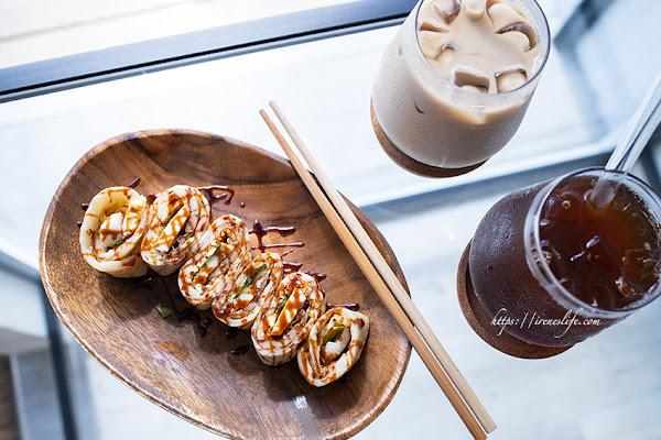 雙連站美食,溫馨的早餐店,手桿蛋餅、日式飯糰還有好喝的紅茶.沐沐家朝食