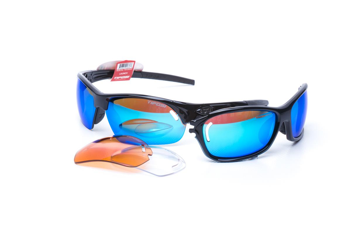 Твердий футляр в комплекті для зручного зберігання окулярів 06cbbbacd3630