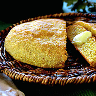 Rustic Yeast Cornbread Portuguese Style