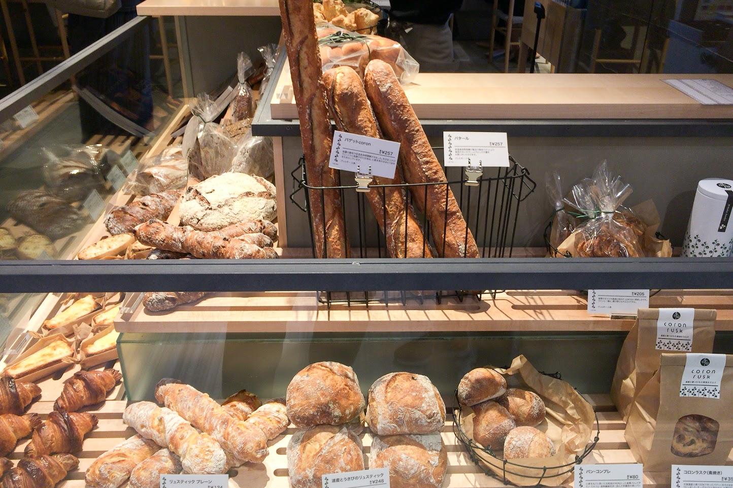 販売されているcoronのパン