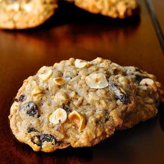 Oatmeal Spice Hazelnut Cookies