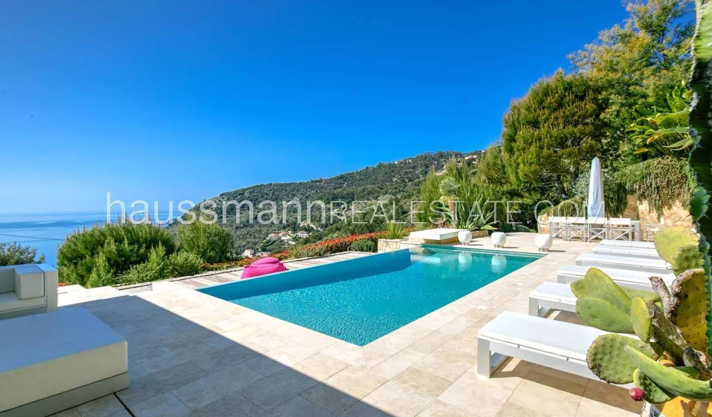 House with pool and terrace Eze