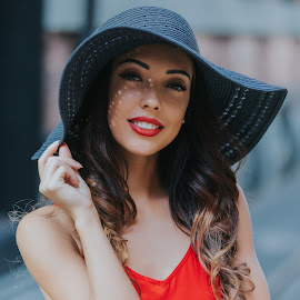 Amazing white girl with black hat and red dress by Dragos Iancu - People Portraits of Women ( dress, woman, nails, skin, portrait, red, beautiful, lips, hair, white, bokeh, shadows, hat )