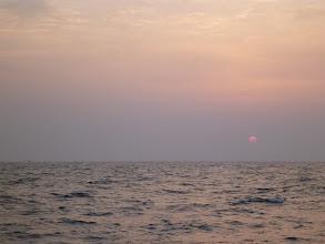 Photo: 日の出、だんだん早くなってます。 次回から3時半出航ですな。 さあーやるぞー!
