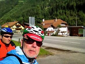 Photo: Jetzt kommt das Sahnestück: die Abfahrt vom Brenner nach Brixen, ein 5-Sterne-Radweg, anfangs stetig bergab, später auch mit einigen Wellen.