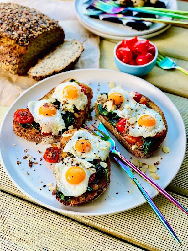 This Open Sandwich With Quail Eggs, Salmon, Spinach And Cherry Tomatoes Can Make The Perfect Start To Any Day. Heavenly!