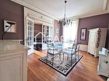Appartement 6 pièces 134 m2