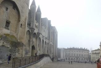 Photo: Le monument constitue le plus important palais gothique de l'Occident (15 000 m2 de plancher, soit en volume 4 cathédrales gothiques),