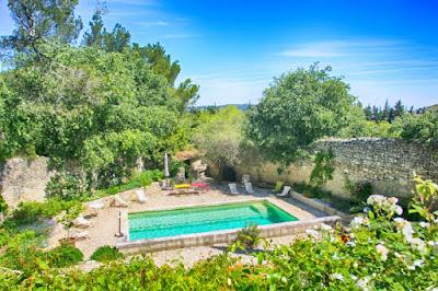 A Beautifully Restored Family Villa in Avignon