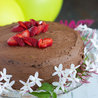 Paleo Chocolate Birthday Cake with Chocolate Frosting {Dairy, Gluten and Nut-free)