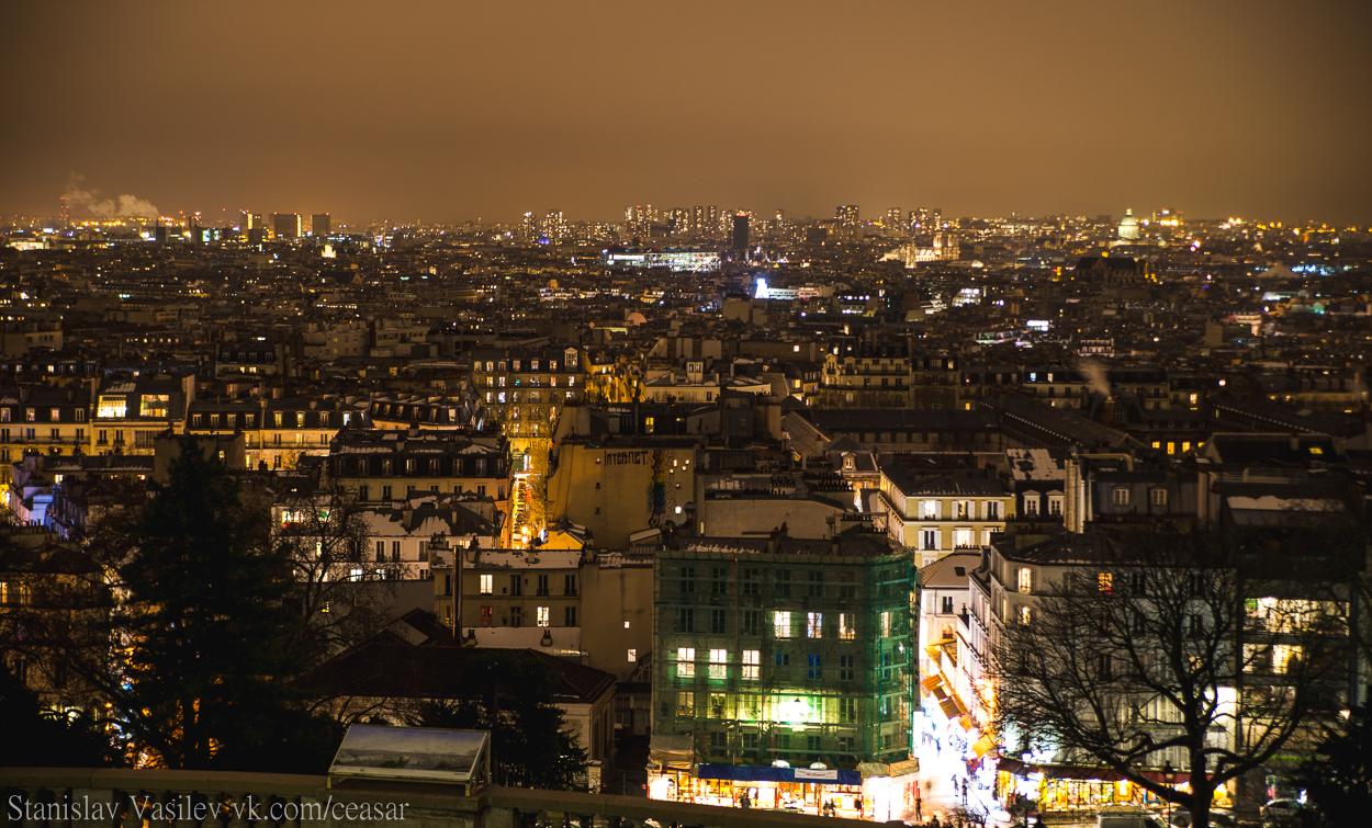 Вид с Монмартра на ночной Париж