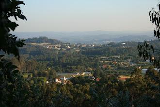 Photo: Bergondo. Vista da parroquia de Santa Marta de Babío dende o monte de Santa Marta (2009)